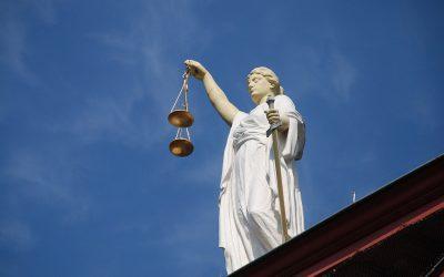 Sąd o sporze bankowców